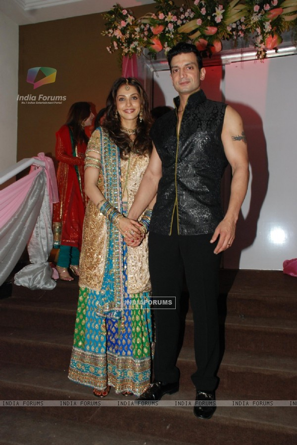 Isha and Timmy at Isha Koppikar''s sangeet at Mayfair rooms