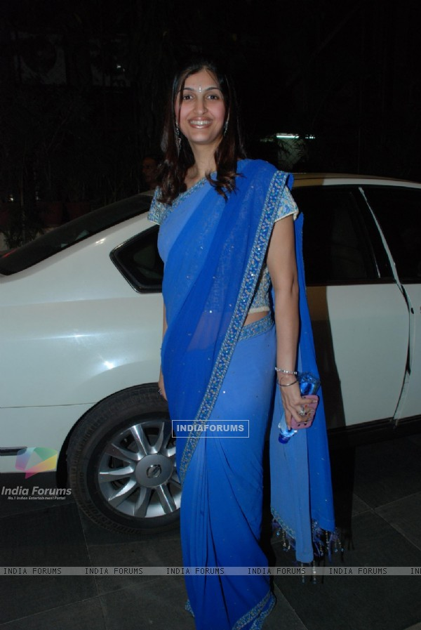 Akanksha at Isha Koppikar''s sangeet at Mayfair rooms