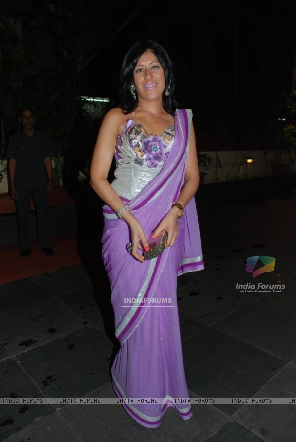 Maheka Mirpuri at Isha Koppikar''s sangeet at Mayfair rooms