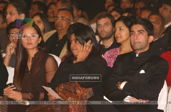"Congress Leader Rahul Gandhi, Sania Mirza and Abhinav Bindra at a programme ""Nantion''s Solidarity Against Terror"" (An Event at the India Gate to send strong message against Terrorism) on Sunday in New Delhi 28 Nov 09"