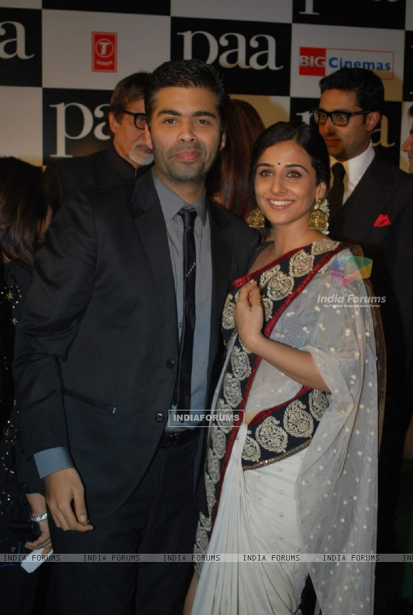 "Karan Johar with bollywood actress Vidya Balan at the premiere of film ""Paa"" (82671)"