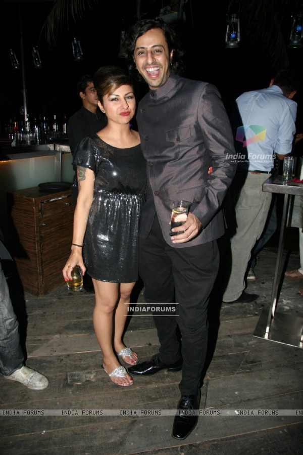 Guest at the 3 idiots star cast at Saregama 1000th Episode Bash at Andheri, Mumbai (82887)