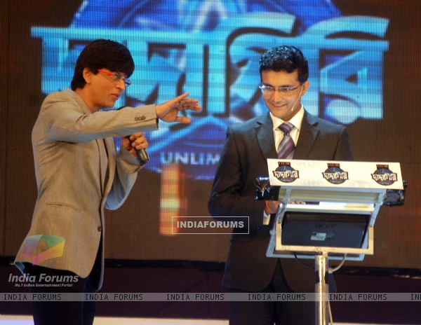 Cricketer Sourav Ganguly and Bollywood star Shahrukh Khan at the shooting of a TV program in Kolkata on Sunday