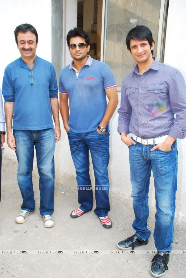 Sharman Joshi and R Madhvan at 3 Idiots Promotional Eevent in Radio Mirchi