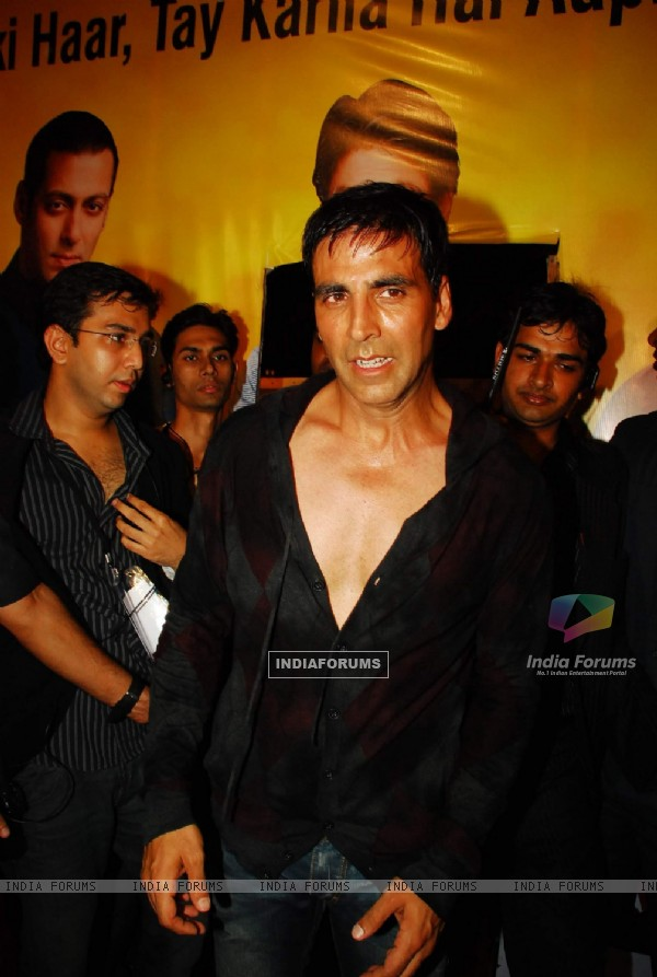 "Akshay Kumar at ""Star Gold Sabse Favourite Kuan"" at Taj Land''s End"