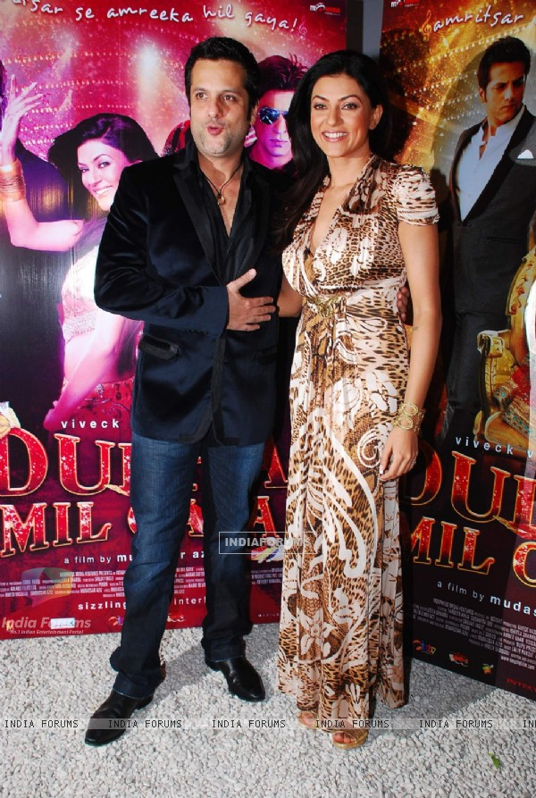 Fardeen Khan and Sushmita Sen at Dulha Mil Gaya Bash at Olive