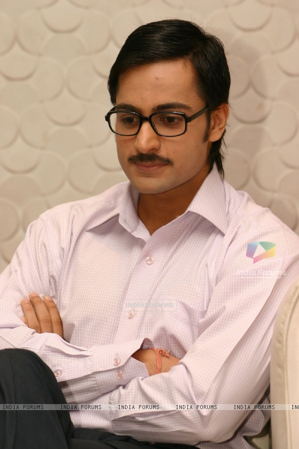 "Actor Shaleen Bhanot, at a press meet for NDTV Imagine''s new show ""Do Hanson Ka Jodaa"" , in New Delhi on Teusday 22 Dec 2009"