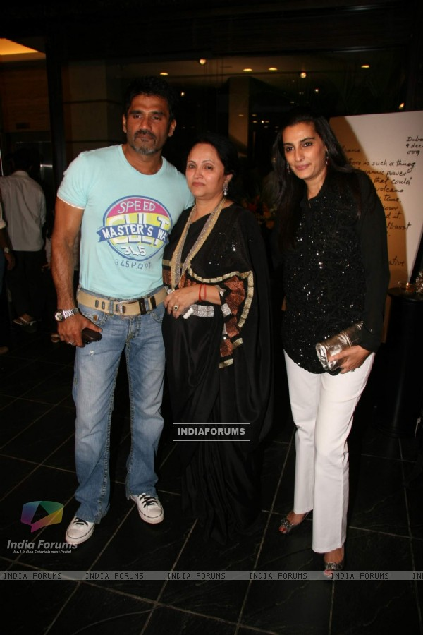 Bollywood actor Sunil Shetty with wife Manna at Kalpana Shah''s art show at Tao Art Gallery