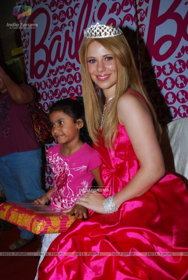 Barbie celebrates Christmas with children at Landmark, Infinity Mall