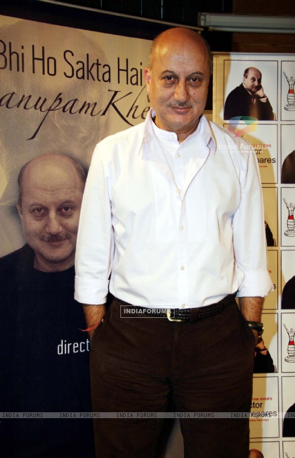 "Bollywood actor Anupam Kher celebrating 200th performance of his play ""Kuch Bhi Ho Sakta Hai"""