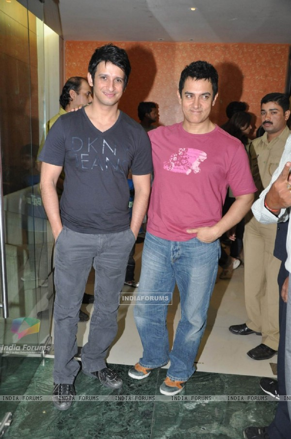 Aamir Khan at 3 Idiots film sceening for Pantaloons