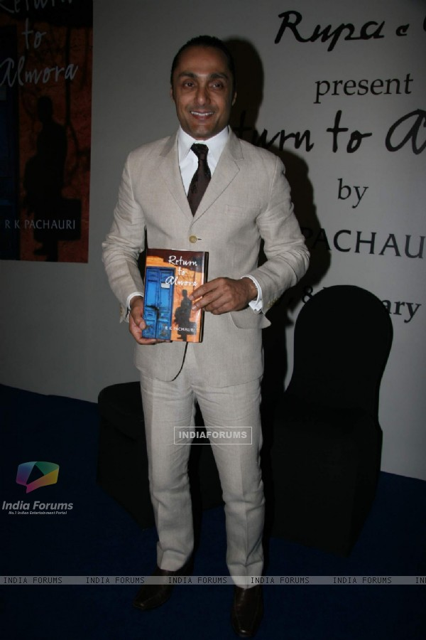 "Bollywood actor Rahul Bose at the launch of Pachauri''s book ""Return to Almora"" at Taj"