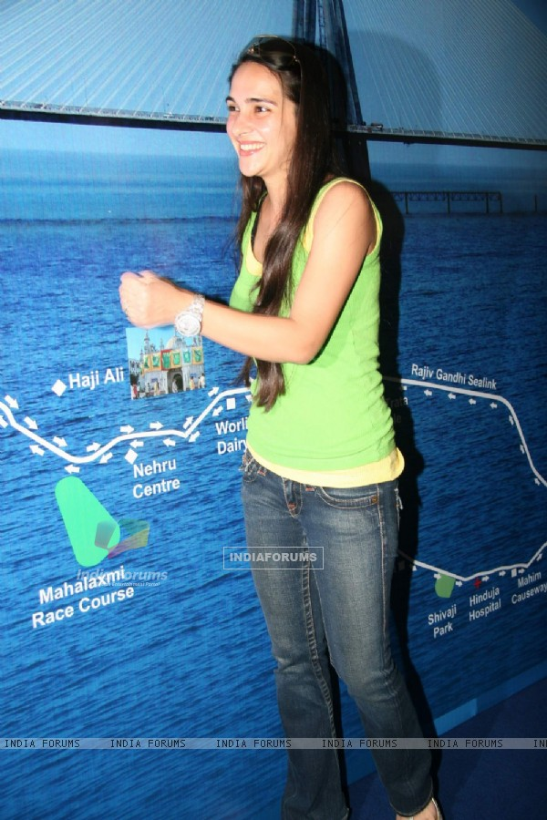 Tara Sharma at Mumbai Marathon press meet at World Trade Centre