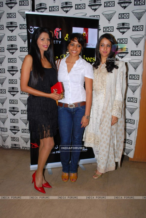 Raima Sen and Shahna Goswami at Arohi film festival launch at Ubuntu
