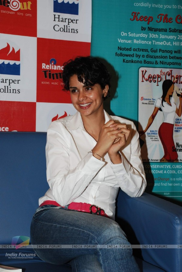 Gul Panag launches Nirupama Subramaniam book at Reliance Trends in Bandra