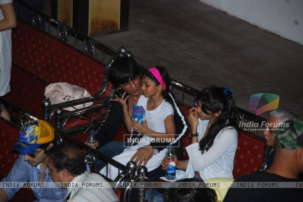 SRK with kids Aryan and Suhana at Maharastra State open Taekwondo competition at Nariman Point