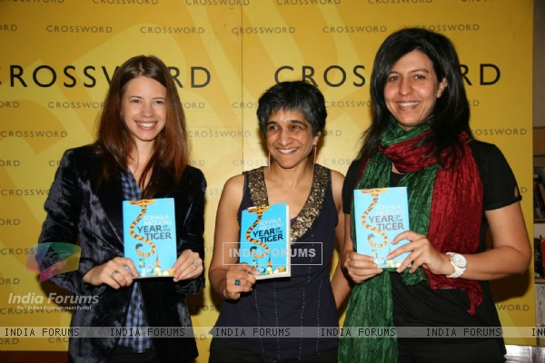 Kalki Koechin unveils ''The Year of the Tiger'' book at Crossword, Mumbai