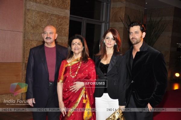 Roshan''s Family at Ambani''s Big pictures bash at Grand Hyatt