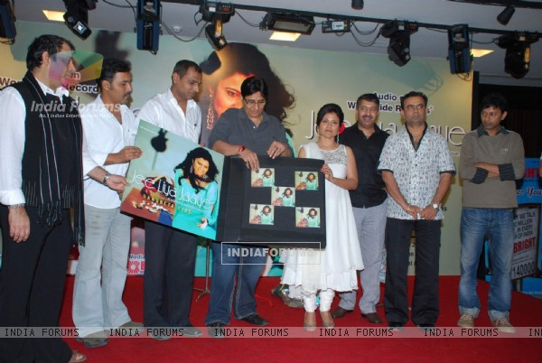 Vashu Bhagnani launches Sangeeta Vyas album at Imperial Banquets