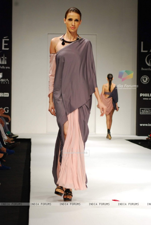 Model walks on the ramp for designer Shrivan Naresh at Lakme Fashion Week 2010