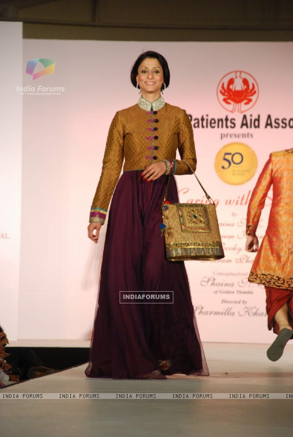 Shilpa Saklani at CPAA Shaina NC show presented by Pidilite at Lalit Hotel