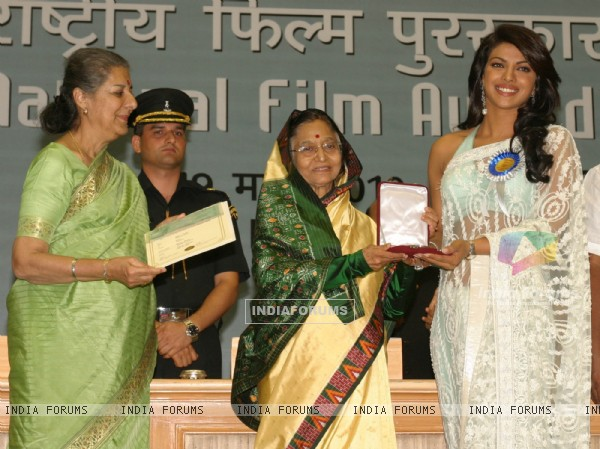 President Pratibha Devisingh Patil presenting best actress award to Priyanka Chopra at the ''''56 National Film Awards'''', in New Delhi on Friday