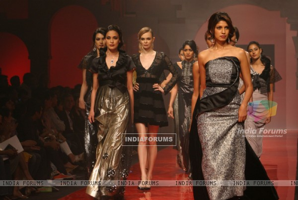 Models showcasing designer G Pia Fleming''s creations at the Wills Lifestyle India Fashion Week-2010, in New Delhi on Saturday 27 March