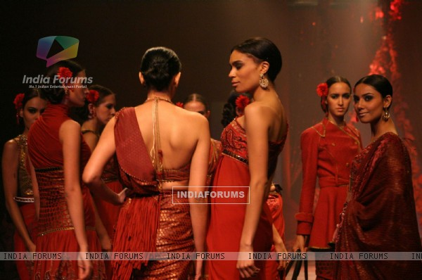 Models showcasing designer J J Valaya,s creations at the Wills Lifestyle India Fashion Week-2010, in New Delhi