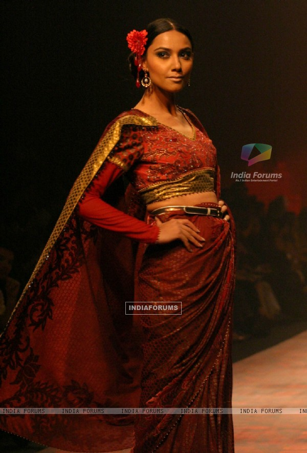 A Models showcasing designer J J Valaya,s creation at the Wills Lifestyle India Fashion Week-2010, in New Delhi