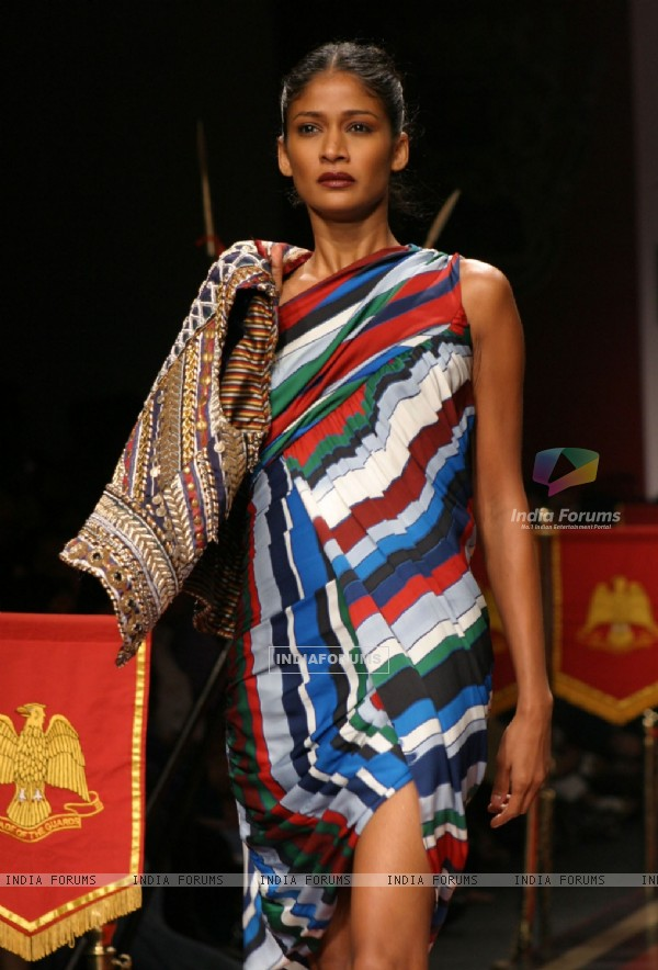 A Model showcasing designer Ritu Beri,s creation at the Wills Lifestyle India Fashion Week-2010, in New Delhi