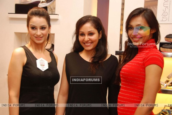 Pooja Chopra at Miss India''s Tressmode Event at Tressmode, Phoneix Mills