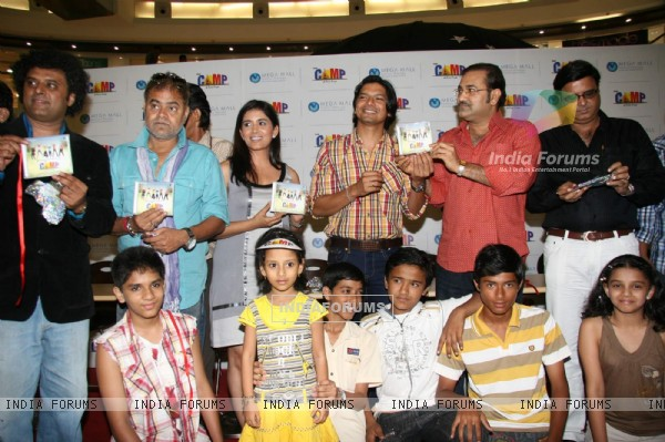Sonali Kulkarni, Shaan Camp and Sudesh Bhosle Camp audio launch at Mega Mall