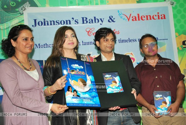 Alka Yagnik launches Loories album at Planet M