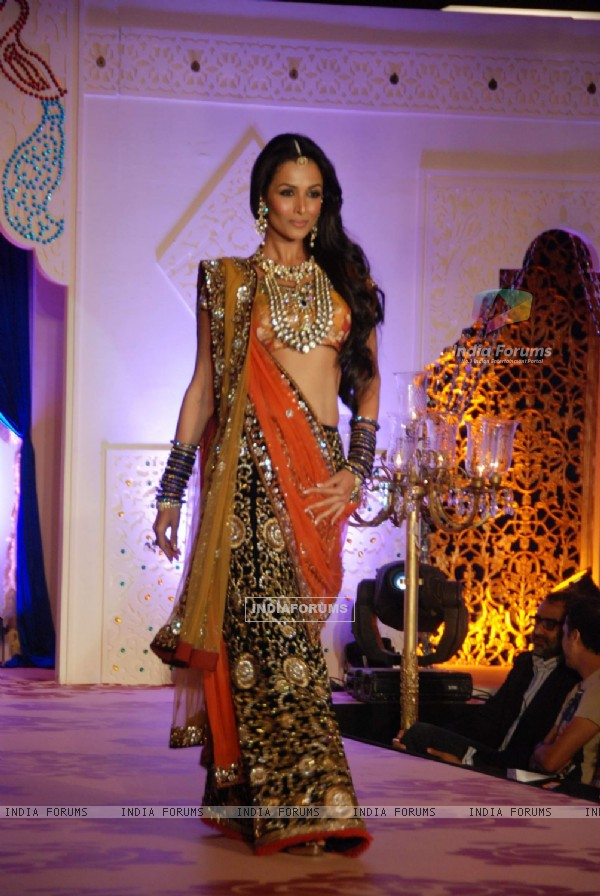 Malaika Arora walks the ramp for Shagun Vikram Phadnis Show at JW Marriott