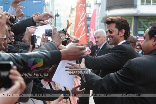 Hrithik Roshan greets fans at Odeon Westend in London