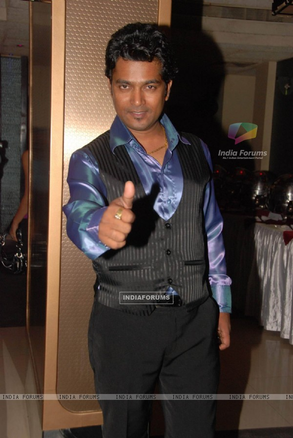 Comedian Navin Prabahkar''s Birthday bash at Shimmer Lounge and Kitchen