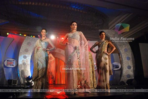 Models walk the ramp for Riyaz Ganji show for Bright Advertising anniversary at Rennaisance Powai