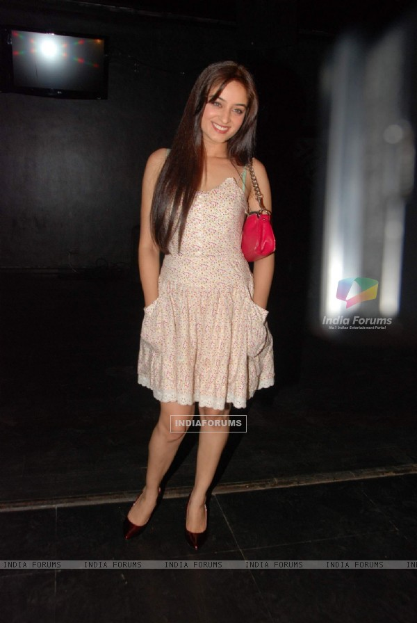 Guest at Karan Wahi''s bday bash