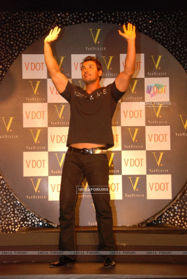 John Abraham at Van Heusen promotional event at Oberoi Mall