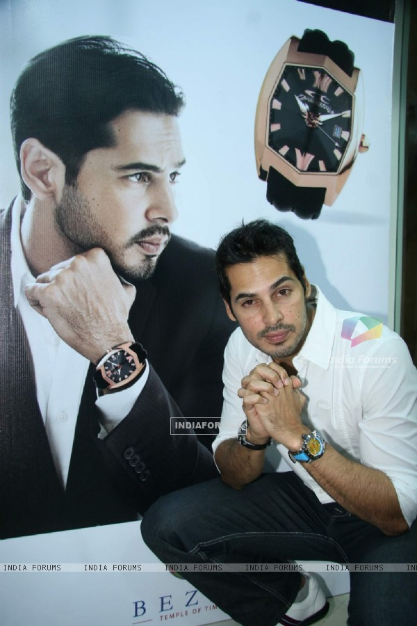 Bollywood Actor Dino Morea pose for the photographers during the inauguration of Bezel, a multi-brand lifestyle watch store from Gitanjali Lifestyle at Atria Mall, Worli in Mumbai on Wednesday, 23 June 2010 Gitanjali appoints Dino Morea as