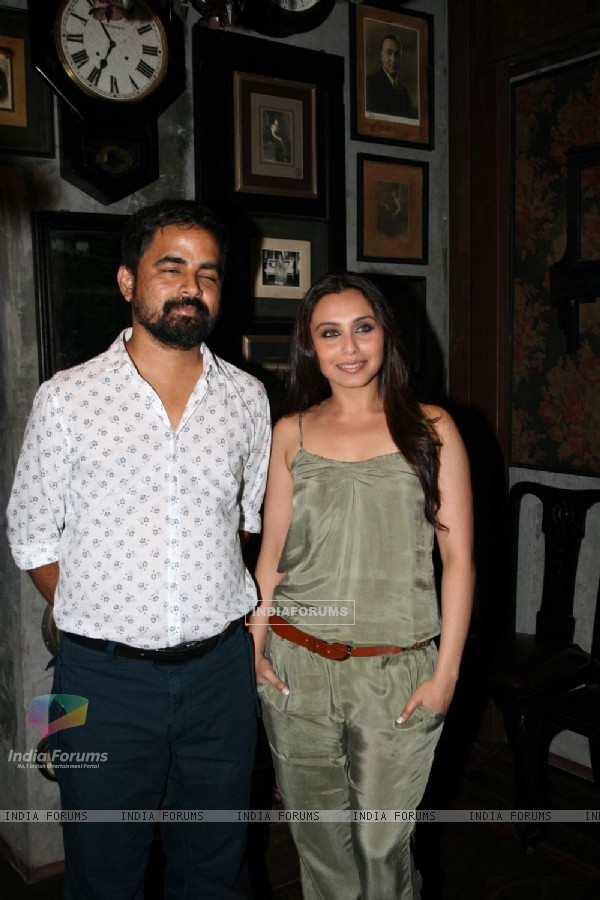 Rani Mukherjee launches Sabyasachi Store at Kalaghoda