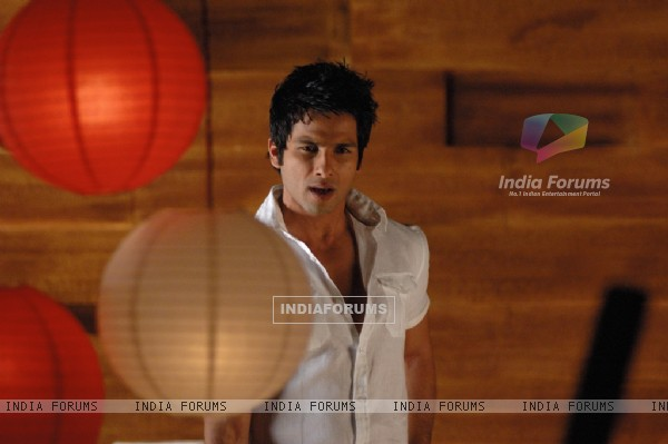 Still image of Shahid Kapoor (89077)