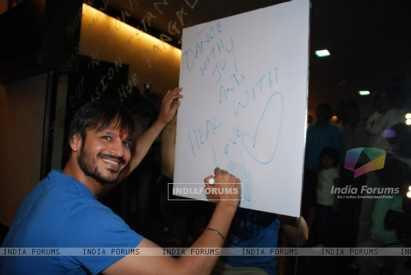 Vivek Oberoi poses for the photographers during a meet with Autistic Children