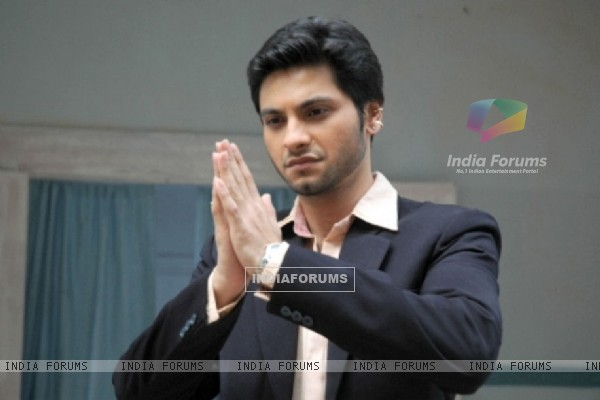 Mishal Raheja as Dutta Patil