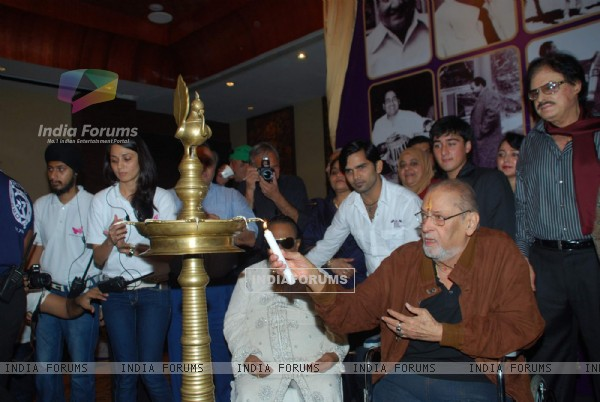 Shammi Kapoor and Sanjay Khan at Rafi music academy launch at Novotel