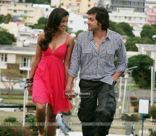 Still image of Bobby and Mugdha (92481)