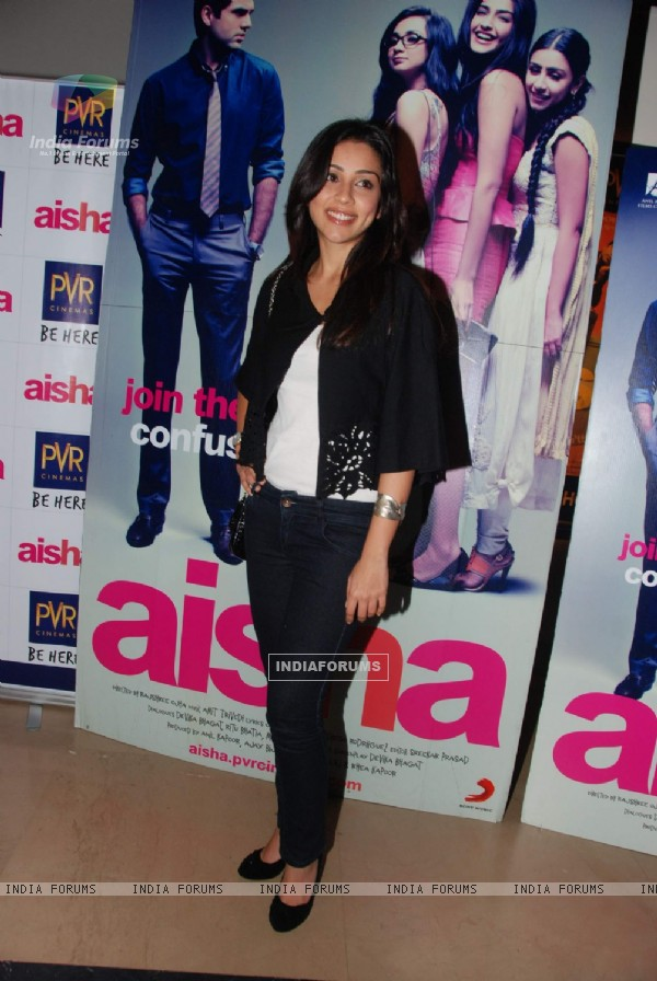 Amrita Puri at Aisha Premiere at Mumbai