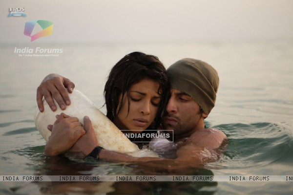 Still image of Ranbir and Priyanka (92730)