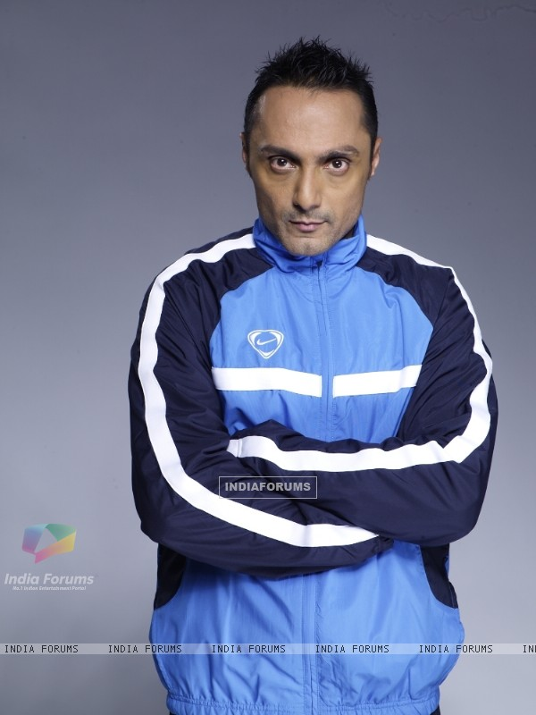 Rahul Bose one of the contestant in Fear Factor - Khatron Ke Khiladi Season 3