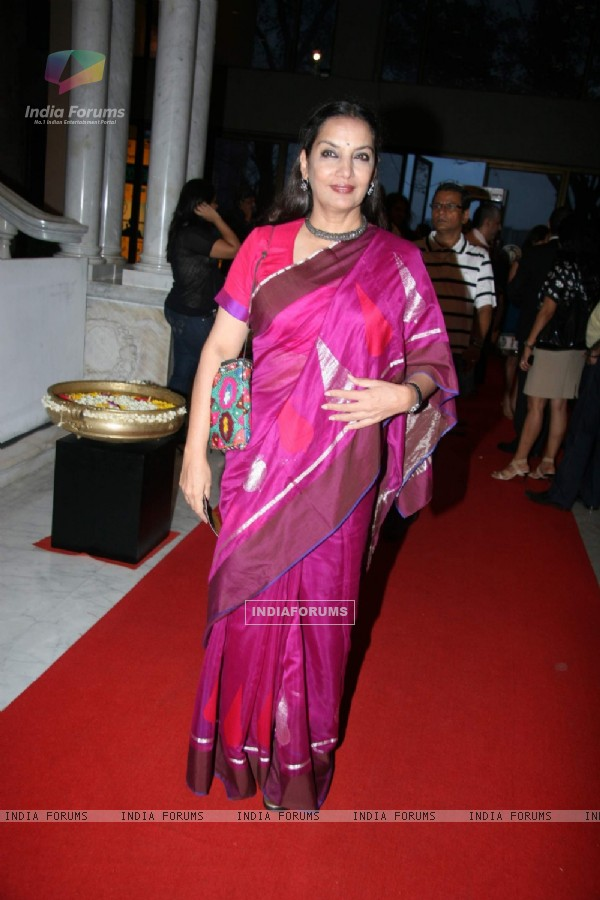 Shabana Azmi at Complicate''s A Disappearing Number play at NCPA